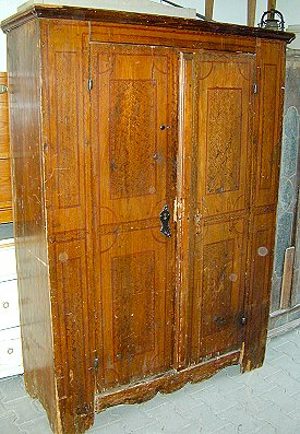 Unrestaurierte antike Möbel Weichholz,Hartholz,original